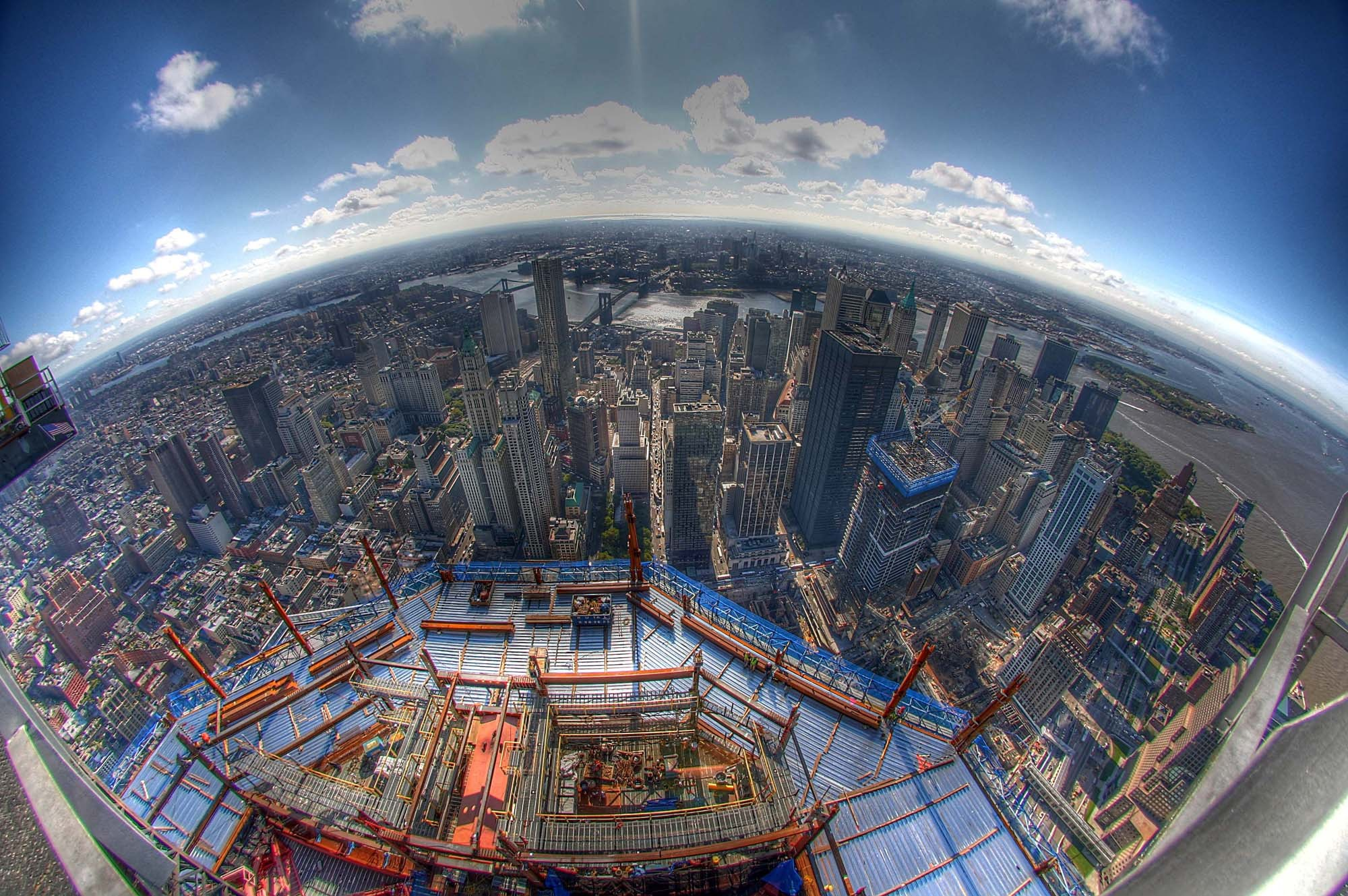 http://tcpm.mrlazyinc.com/files/images/coolshit/one_world_trade_center_tower_view_under_construction.jpg
